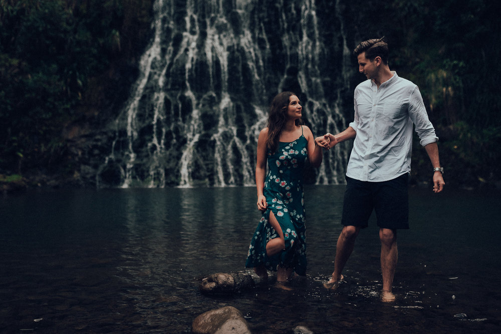Karekare Falls pre-wedding photo shoot {wedding photographer in west Auckland}