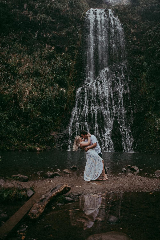 Karekare Falls pre-wedding photo shoot {Auckland weddings photographers}