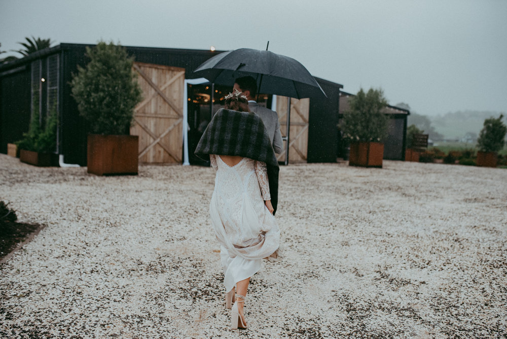 Kumeu wedding photography - Auckland weddings photographers