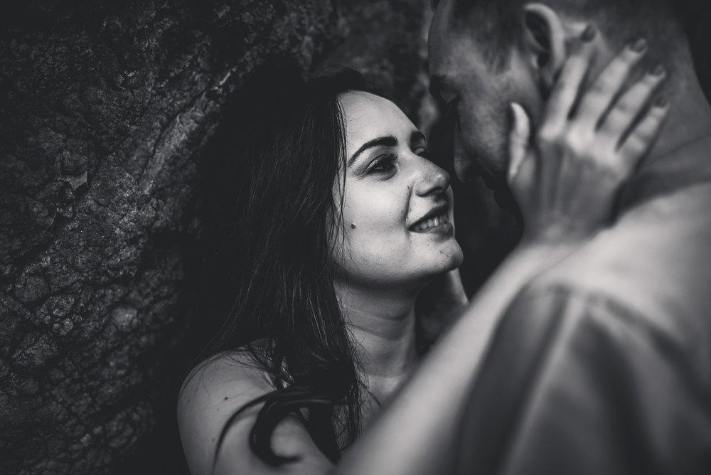 Piha Beach Pre-wedding | engagement photo shoot {West Auckland wedding photographers in New Zealand}
