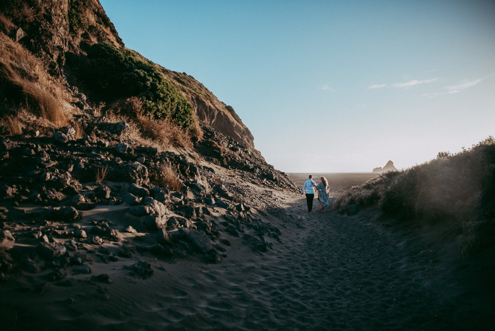 West Auckland Beach - Karekare Falls engagement | pre-wedding session {New Zealand weddings photographers}