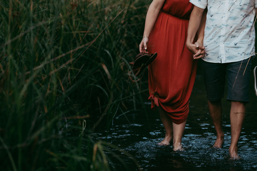 Bethells Lake {West Coast} engagement | pre-wedding photo shoot {Auckland weddings photographers}