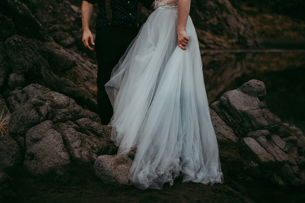 Simon & Tara , Karekare Beach {Auckland, New Zealand}