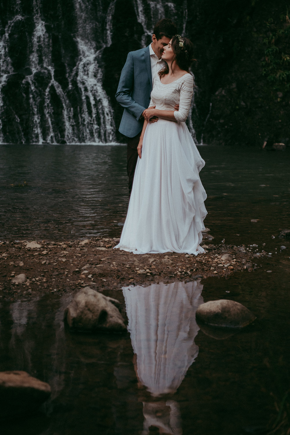 Karekare falls elopement {Auckland wedding photographer}