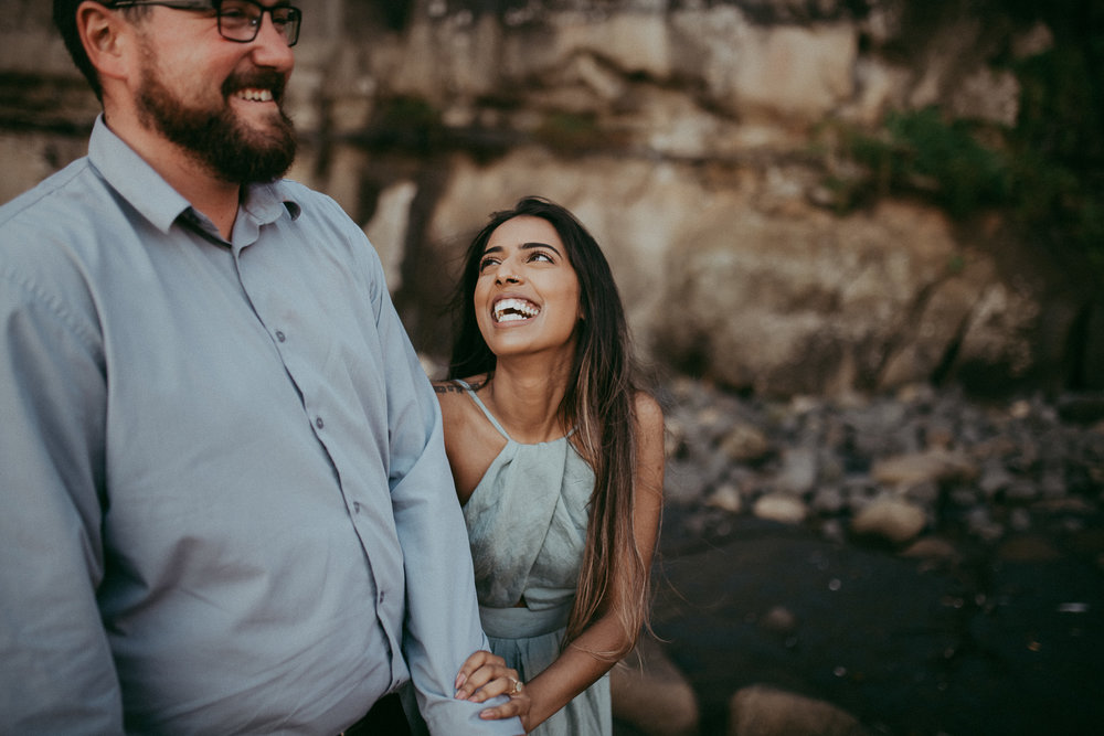 Engagement photo shoot on Muriwai Beach {Auckland pre-wedding-elopement photographer}