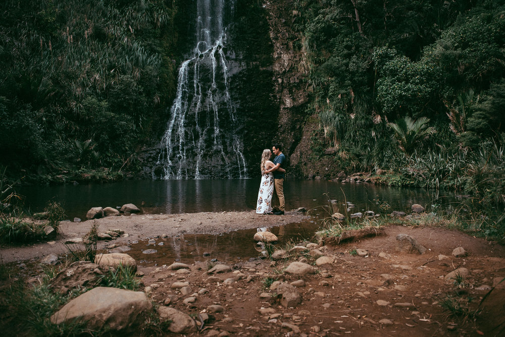 Karekare Falls - engagement session {Auckland pre-wedding photographer}