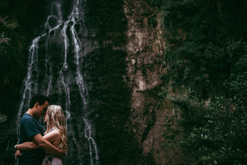 Karekare Falls - Piha Beach engagement session {Auckland pre-wedding photographer}