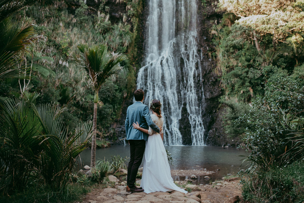 top 60 elopement blogs and websites for eloped couples {New Zealand Auckland wedding photographer}