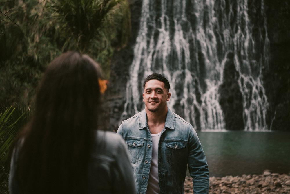 New Zealand pre-wedding photo shoot {Auckland engagement-wedding photographers}