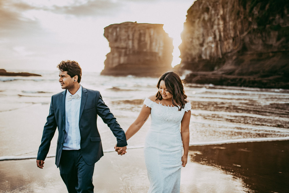 Muriwai Beach {Auckland} post-wedding photo shoot {New Zealand wedding photographer}