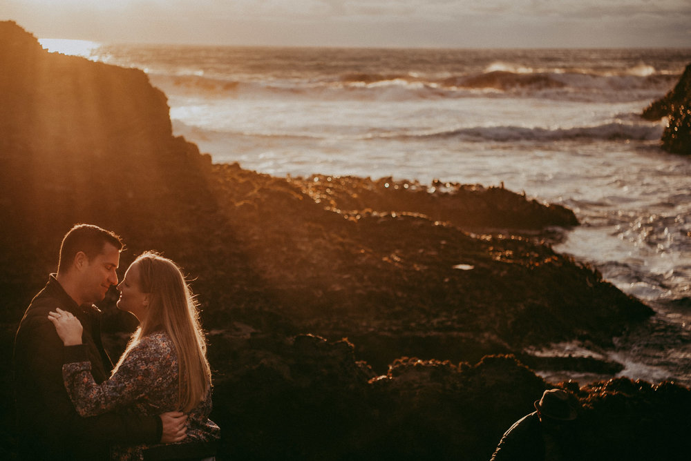 Engagement photo shoot - Piha BEACH {New Zealand pre-wedding photographer}