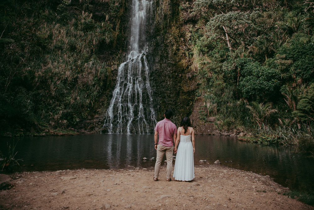 Karekare Falls engagement | pre-wedding session - NZ West Auckland photographers