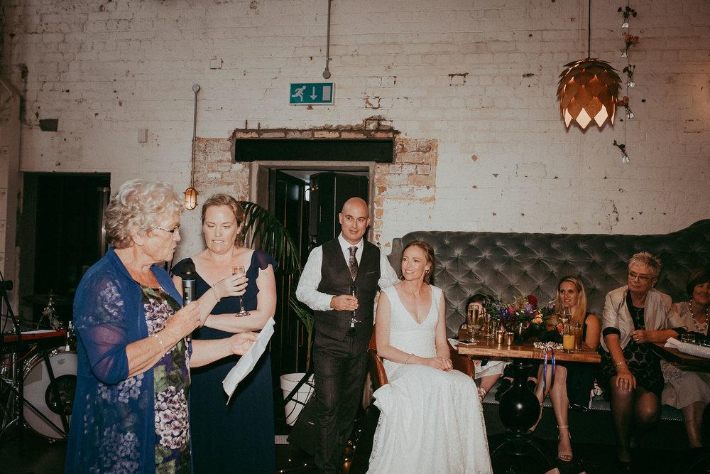 night reception - flash wedding photography - Auckland New Zealand photographers - Everybody's