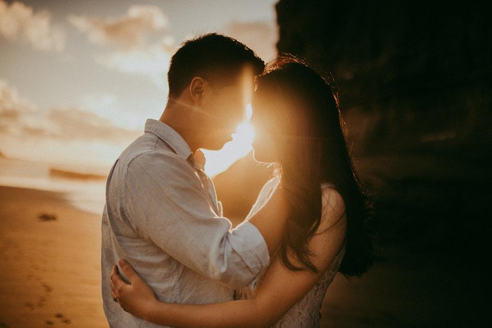 Romantic engagement | pre-wedding photo shoot - Muriwai Beach {Auckland wedding photographer}