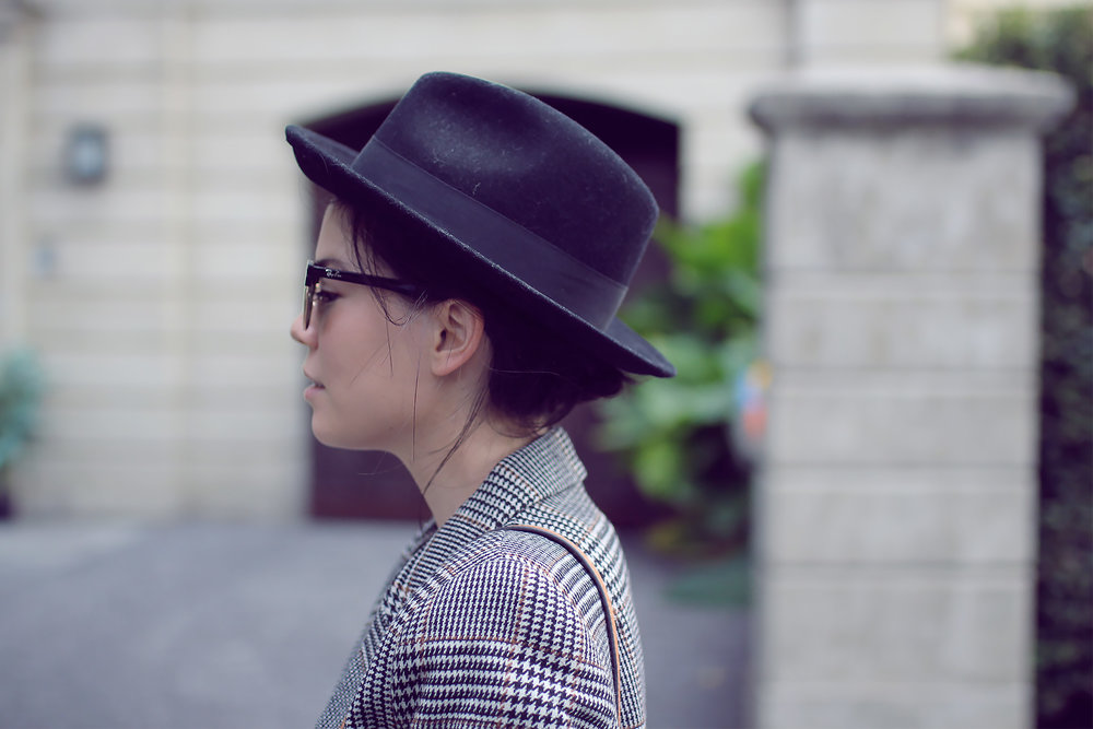 Tweed Blazer Lei Lady Lei