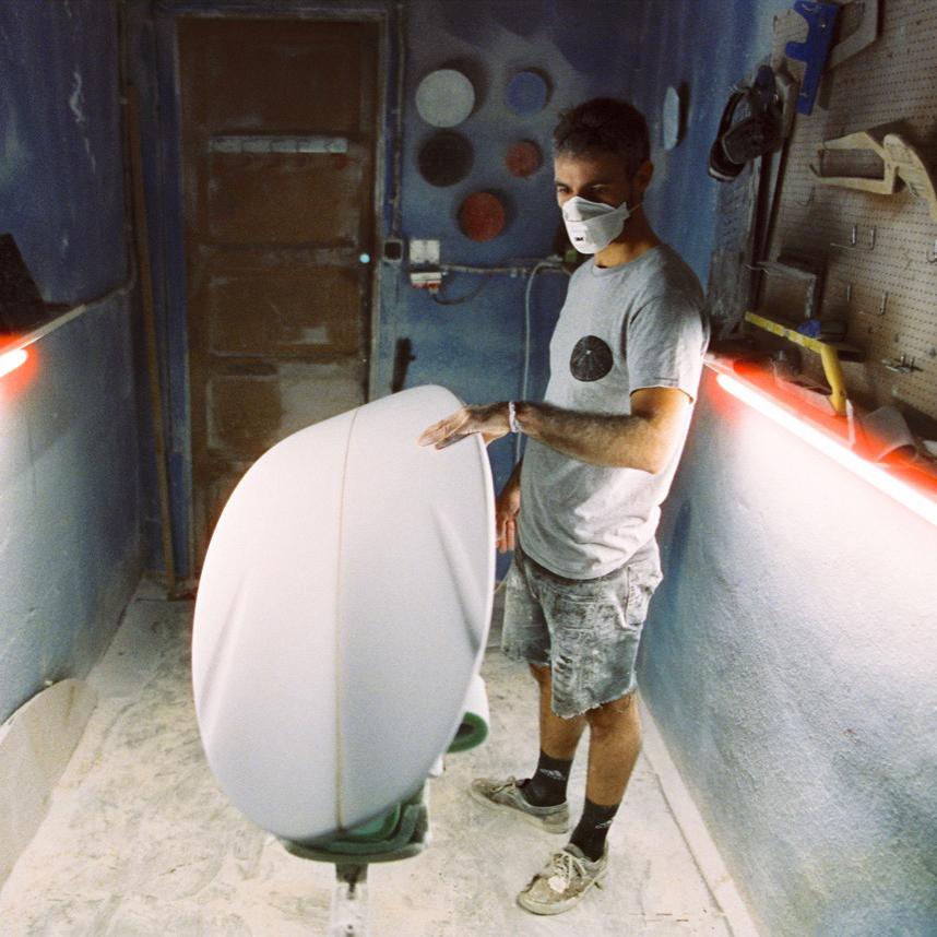 surfeando_coche_cuadrado.jpg