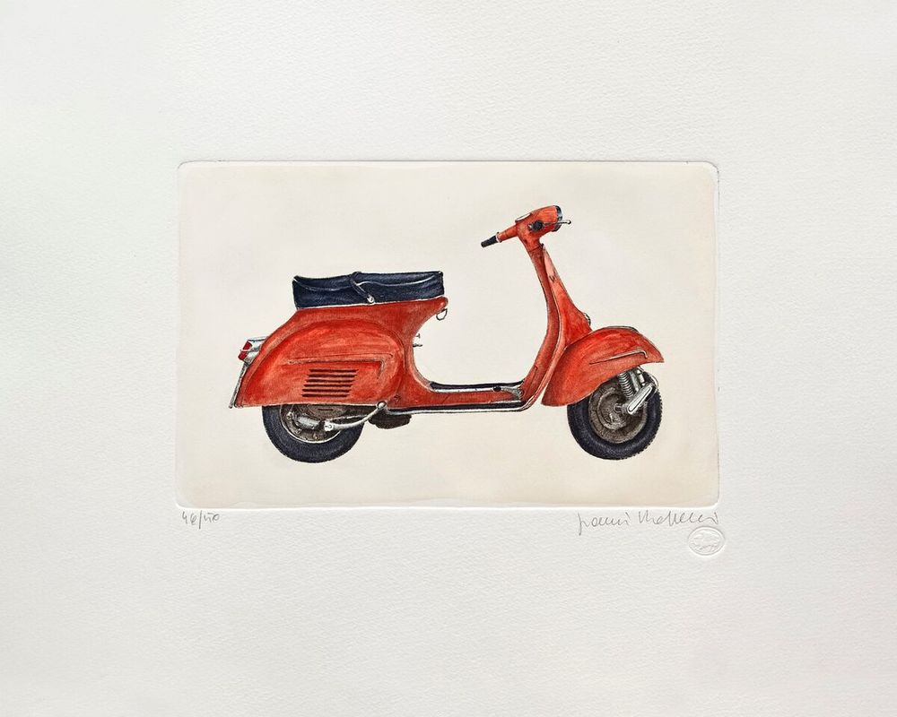 Vespa Series, Red