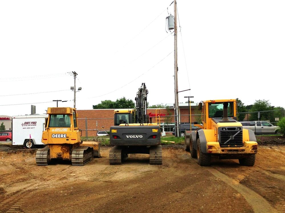 bulldozer-loader-excavator.jpg