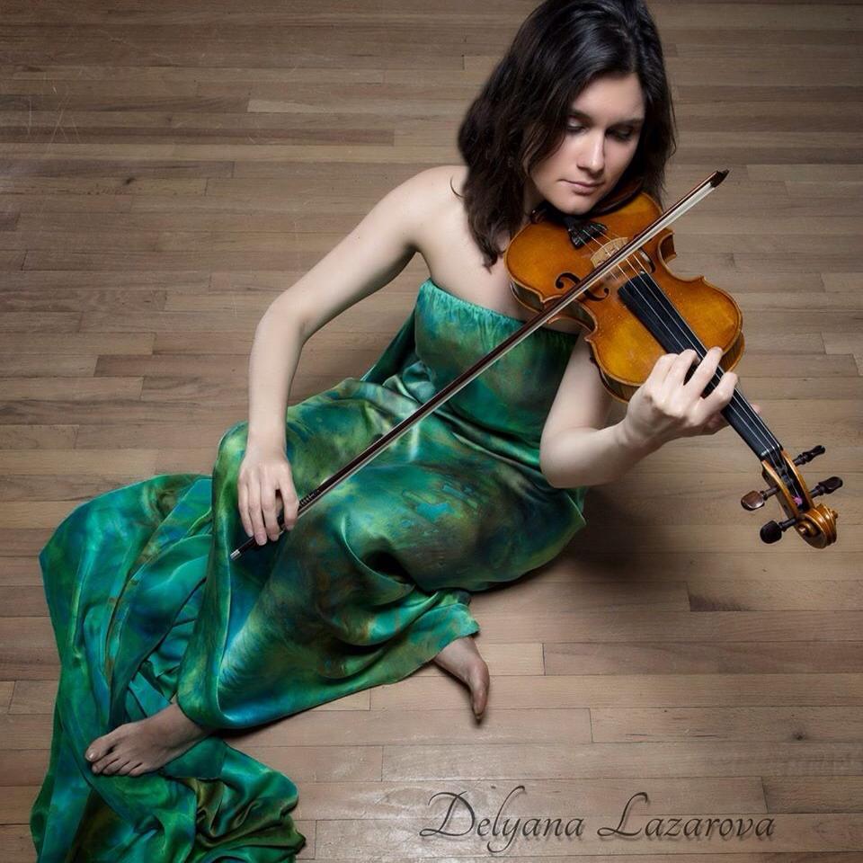 Delyana w violin.JPG