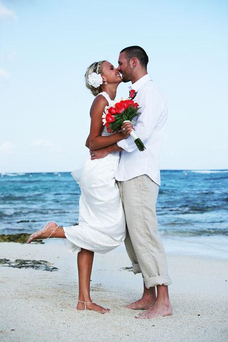 beach-wedding-bare-feet