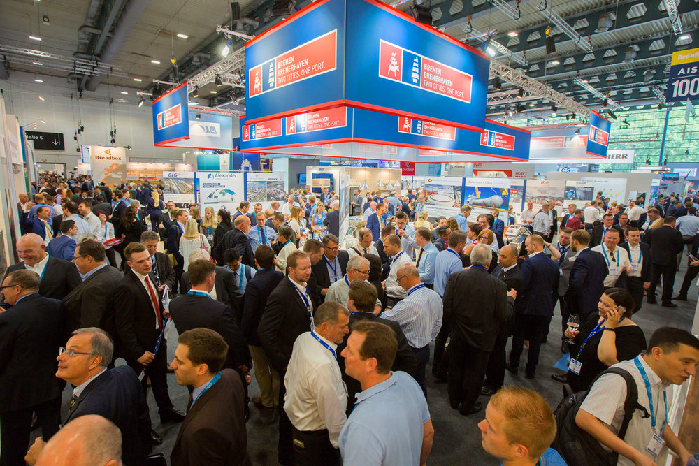 Breakbulk-Europe-2018-bremenports-Crowd-Shot.jpg