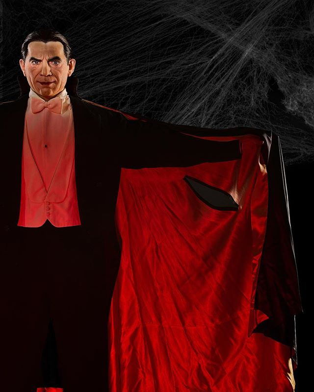 Recently I shot a #belalugosi #dracula cape from #abbotandcostellomeetfrankenstein. The mannequin was made by #rubberlarry and was amazing. The level of detail was just insane and kind of creepy.  #monster #classicmoviemonsters #vampire #draculaclothing #tcm #turnerclassicmovies
