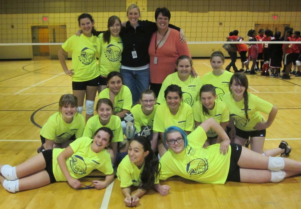 7-8_grade_volleyball_team_2.jpg