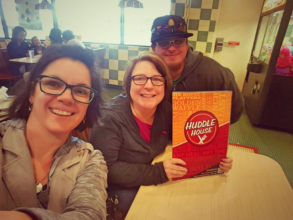 Lali, Libby, and Jared  stop  for road food in Mississippi!