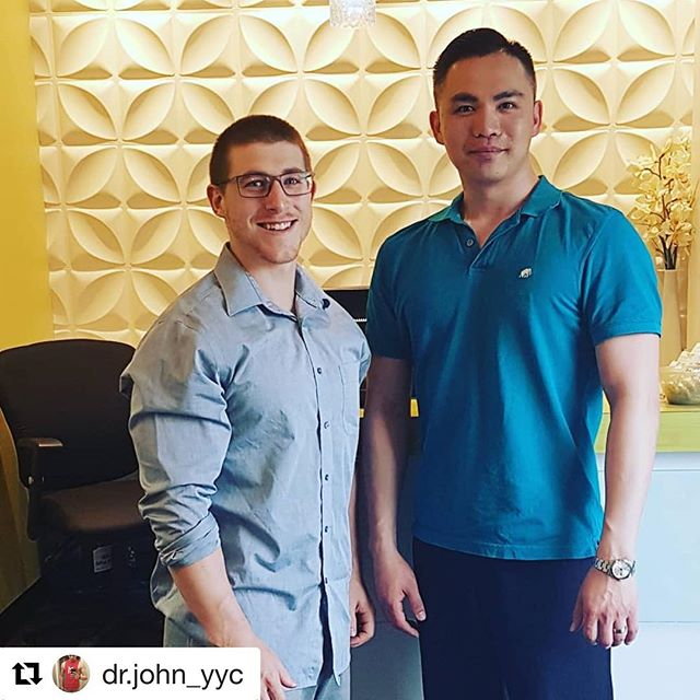 "After dropping out from worlds @dr.john_yyc reached out to me, offering to help work through some of my issues. During my time in sport I've seen a lot of therapists, some good, some great and some not so great. I'm sure a lot of strength athletes can sympathize that trying to find a therapist who ""gets it"" can be a challenge. Well, John himself dabbles in strength sport and has extensive experience working with athletes that range from pros in the CFL and NHL to olympians. It didn't take long to prove to me that he ""gets it"" and I'm pretty critical... After our first treatment I could tie my shoe again, pain free, so things are looking up! Don't call it a comeback but I think I can confidently say sorry to anyone hoping for a mankini in my near future. If you're looking for a therapist in Calgary, John at Northern Hills Chiropractic is a great place to start. It took some time but since moving to Calgary I think I've found my go to Chiro and massage therapist; @rippedhippie is great for anyone curious. Hope to get myself back on course for what I've started!  #Repost @dr.john_yyc with @get_repost ・・・ Powerlifting patient feature! The man, the myth, the legend Connor @clutz.training. Number one at nationals 2018 in the 74kg weight class. He has an astounding 521 Wilks! It was great to work with him despite my being star struck. Haha! #powerlifting #powerlifter #calgarychiro #chiropractic #chiro #yycchiro #yycfitness #canadianpowerlifting #sbd"