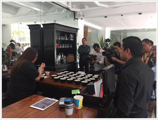 """""""Me siento muy feliz y satisfecha por haber representado a la caficultura Guatemalteca en este concurso, ahora veo el fruto de las horas invertidas para lograr detectar la mejor taza de café.  Esto es para mí un compromiso para seguir adquiriendo conocimientos en este maravilloso mundo llamado café de Guatemala"""" Indicó Dulce Barrera..."""