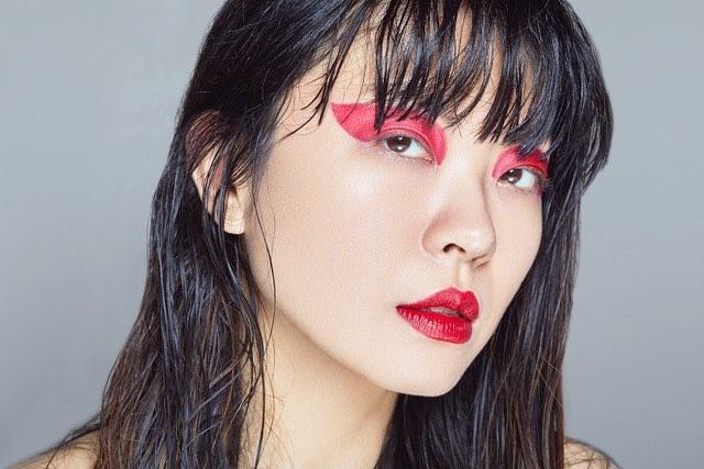 Wet hair 💦, red lips 👄 photo @tiffpemberton h&m @joseeleducmakeup #xiaowang #beautyshoot #xiaowangstyle #redlips #asianmodel