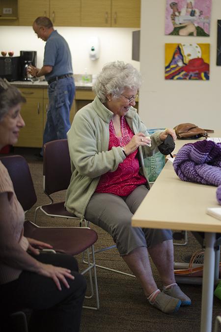 Knitting10.jpg