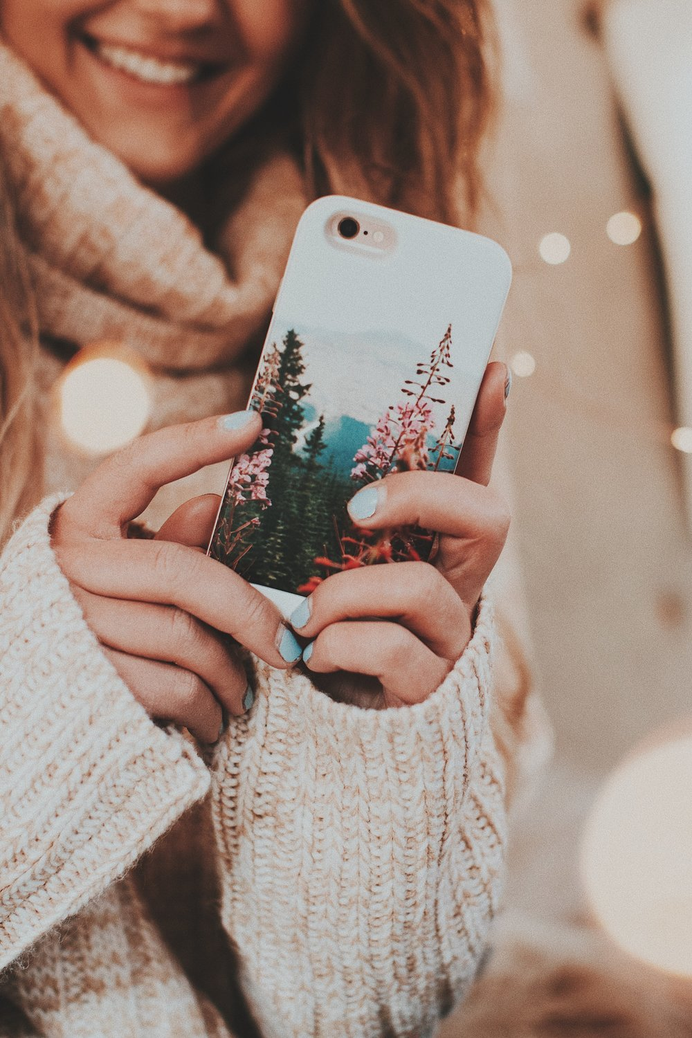 Create you own custom phone case at  https://us.casestation.com  !