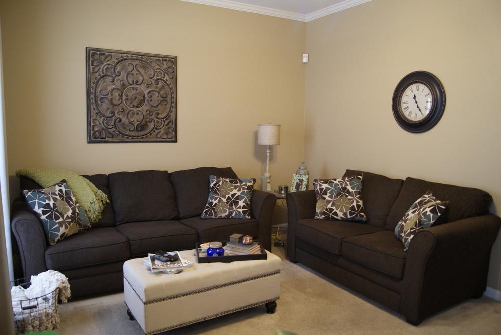 SA1 - Living Room 1.jpg