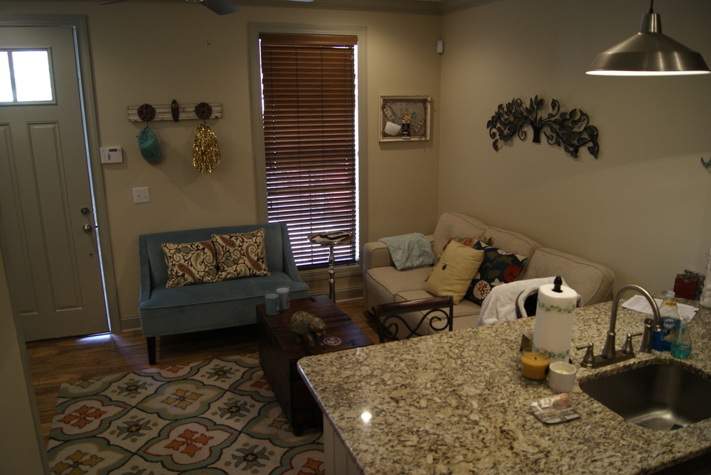 Franklin court sherwood apartments llc for 1 bedroom apartments in starkville ms