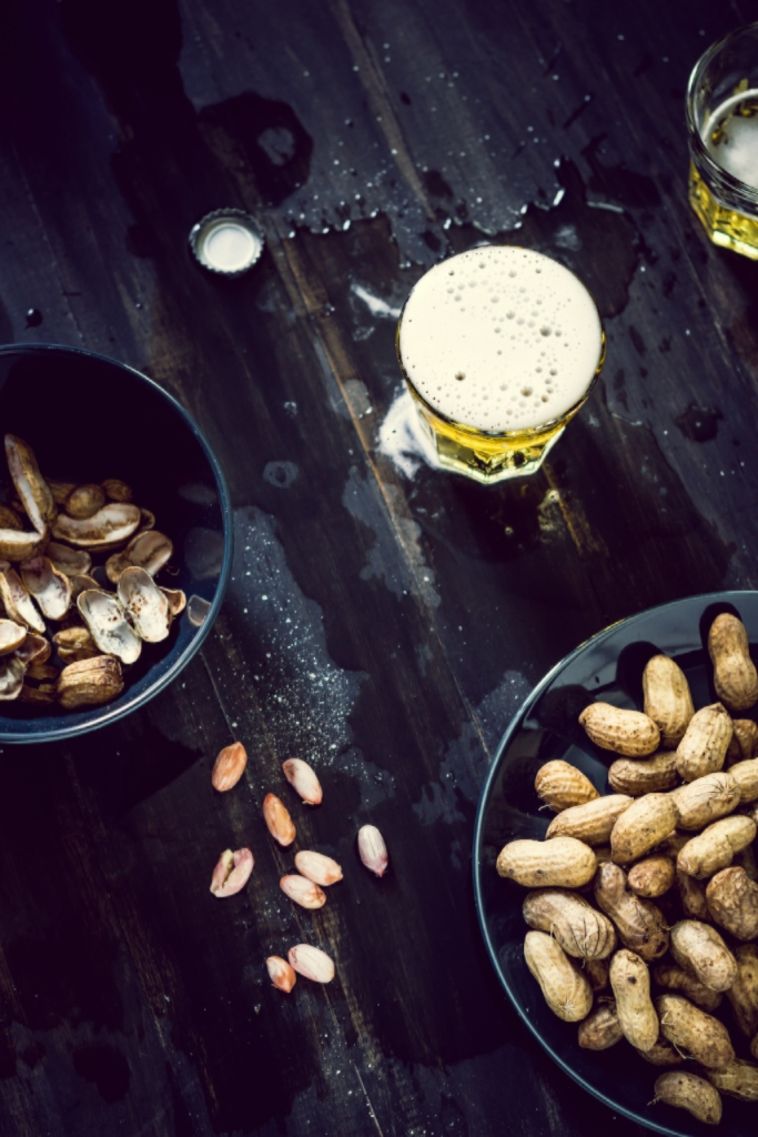 boiled peanuts and beer.jpg