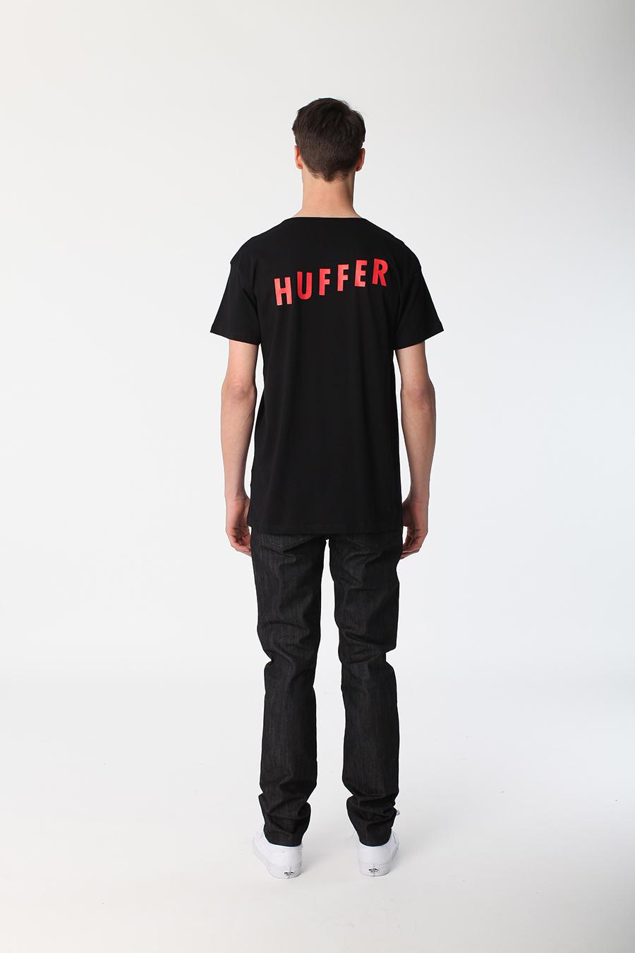 Huffer_Q1-16_M-Certain-Tee-Rise_Black_003.jpg