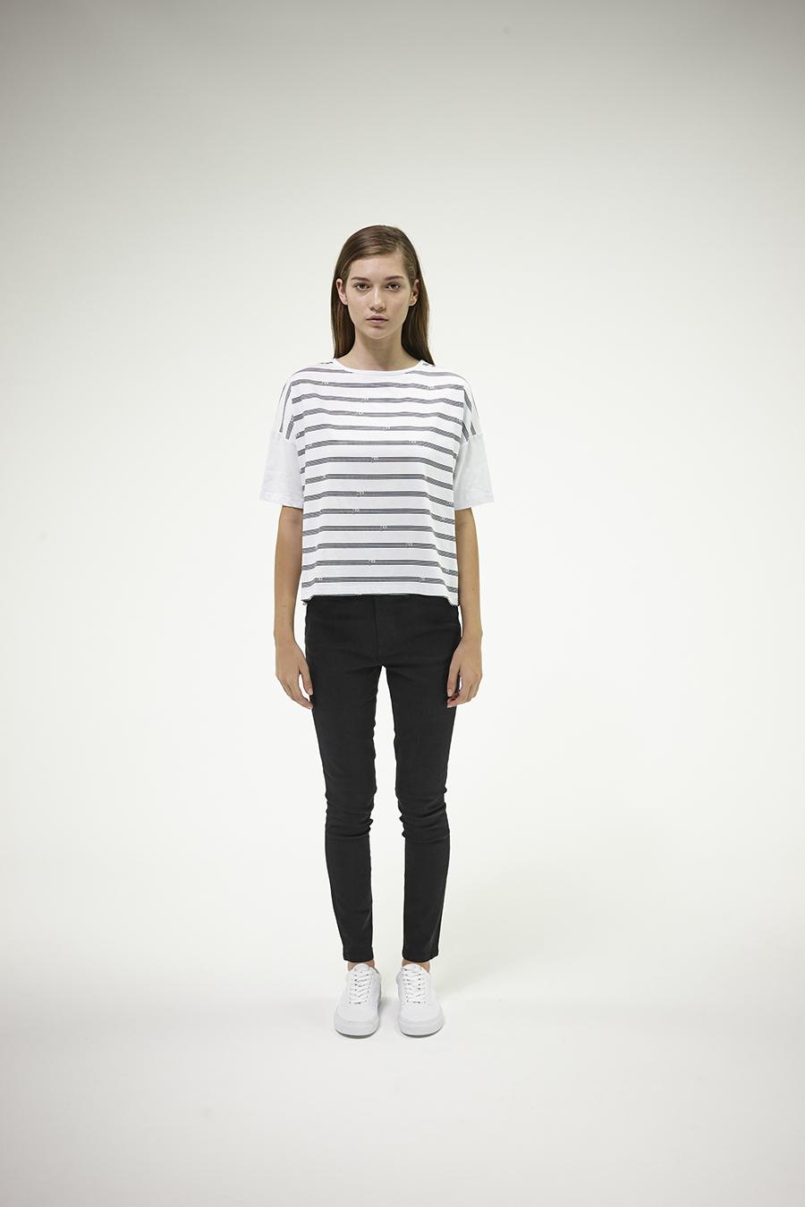 Huffer_Q1-16_W-Boaty-Flag-Stripe-Tee_White_001.jpg