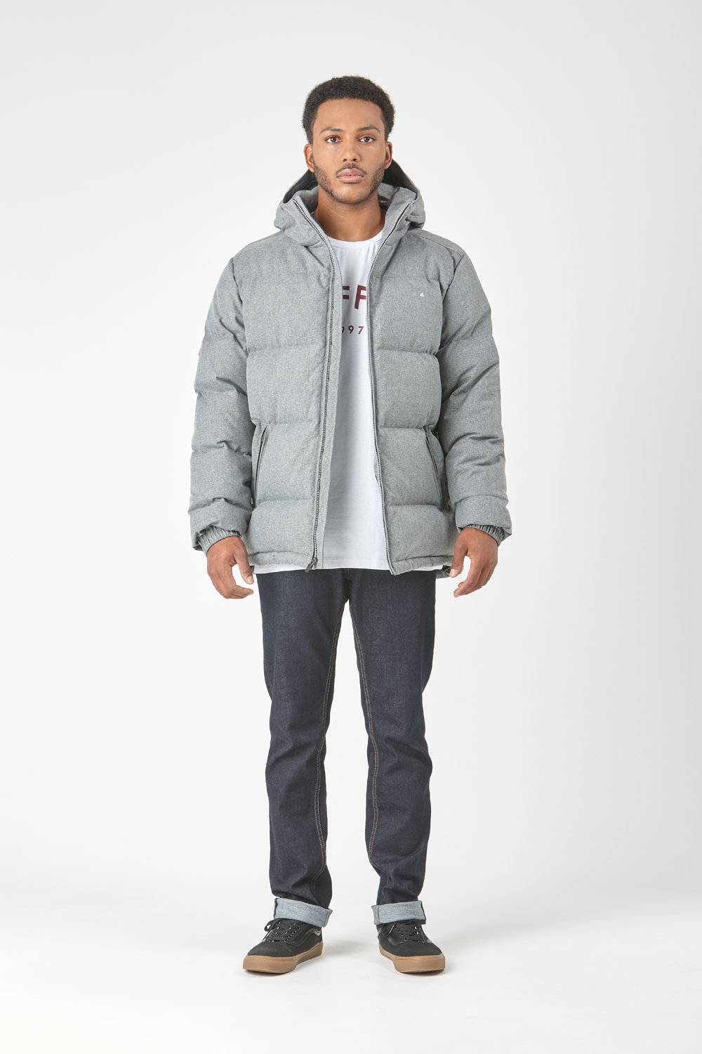 Huffer_OW-17_M-Classic-Down-Jacket_Grey-01.jpg