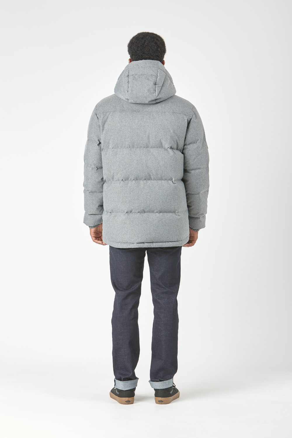 Huffer_OW-17_M-Classic-Down-Jacket_Grey-03.jpg