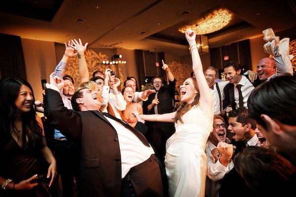 Time to hit the dance floor because it's almost the weekend, and, today, we're celebrating #nationalweddingplannerday! Thank you to all the hard work of our wedding planner friends who truly are the glue to why these events are a success. 🍾🎉🥂#thecartellegrp