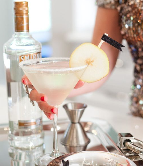 These will be a festive touch to your Signature Cocktail on New Year's Eve, all you need now is that sparkling dress! These cocktails are a crowd pleaser, so prepare double the guest count! We can't thank Style Me Pretty enough for this delicious French Pear Martini Signature Cocktail recipe.