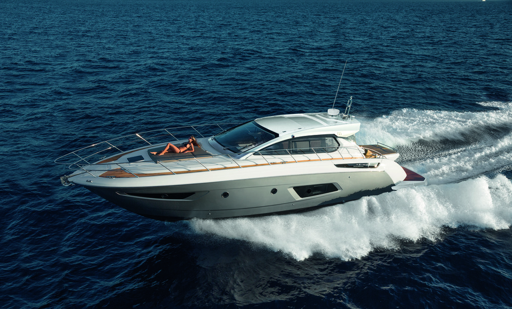 Atlantis Collection  Sporty, high-performing and dynamic, to experience the sea in a truly unique way. Atlantis is a versatile sports cruiser for those who love chasing the waves and seeking the true thrill of life at sea.