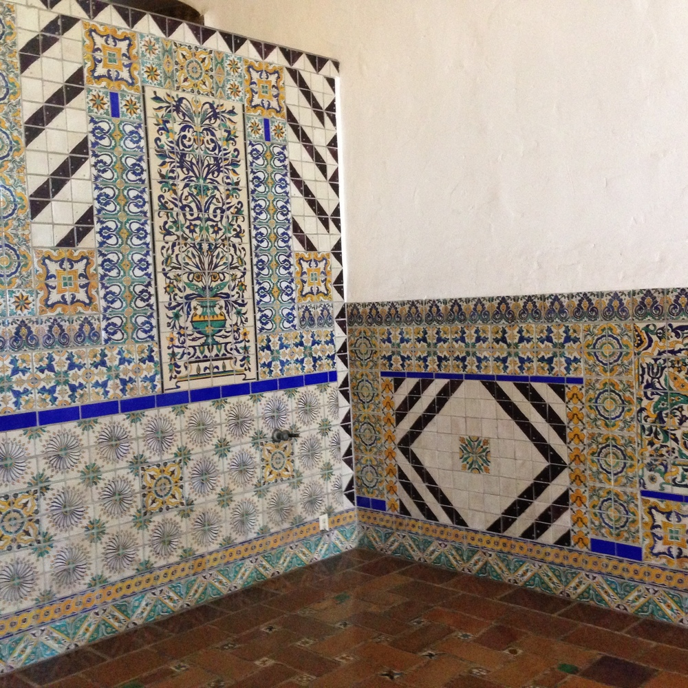 wainscot+blue+green+tile+mission+santa+barbara