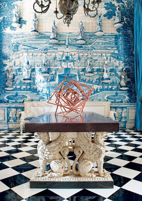 Pablo Molyneux's Paris home and studio occupy a 1619 hôtel particulier. The designer drew inspiration from Portuguese azulejo tiling.