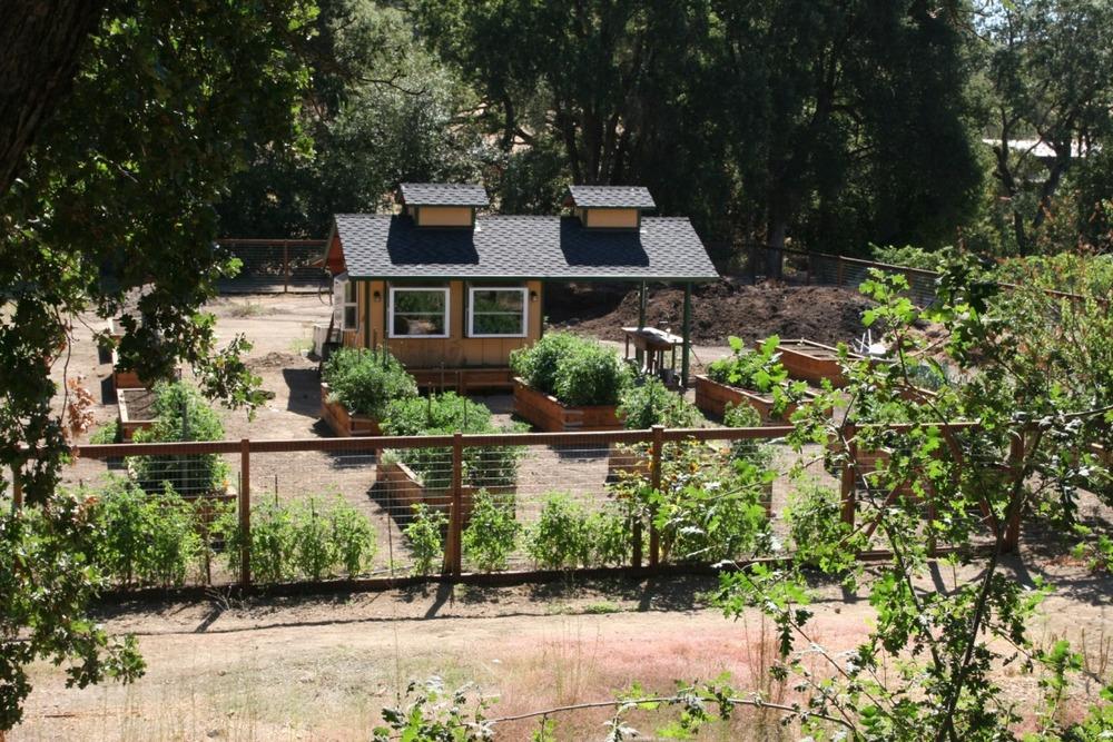 gardenhouse.1.jpg