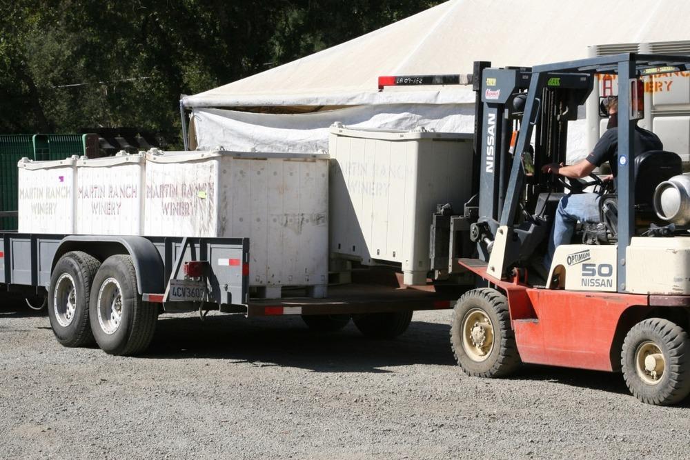 bins off tractor.jpg