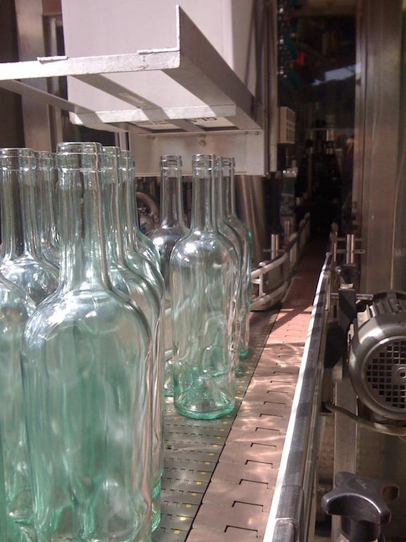 bottling march 2010 15.jpeg