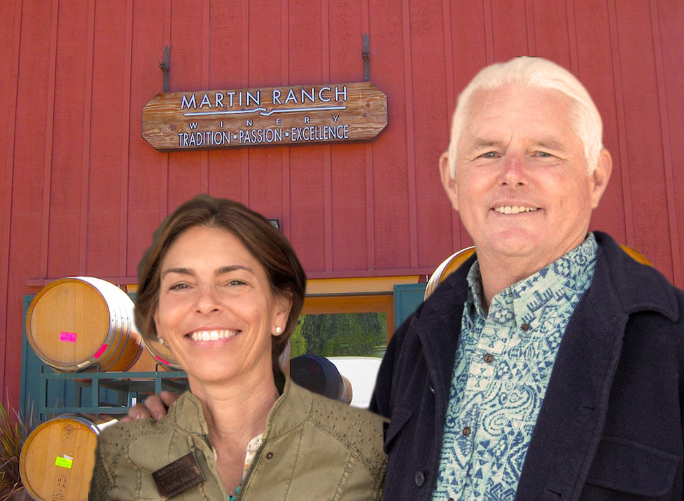 Proprietors and Winemakers: Dan & Therese Martin