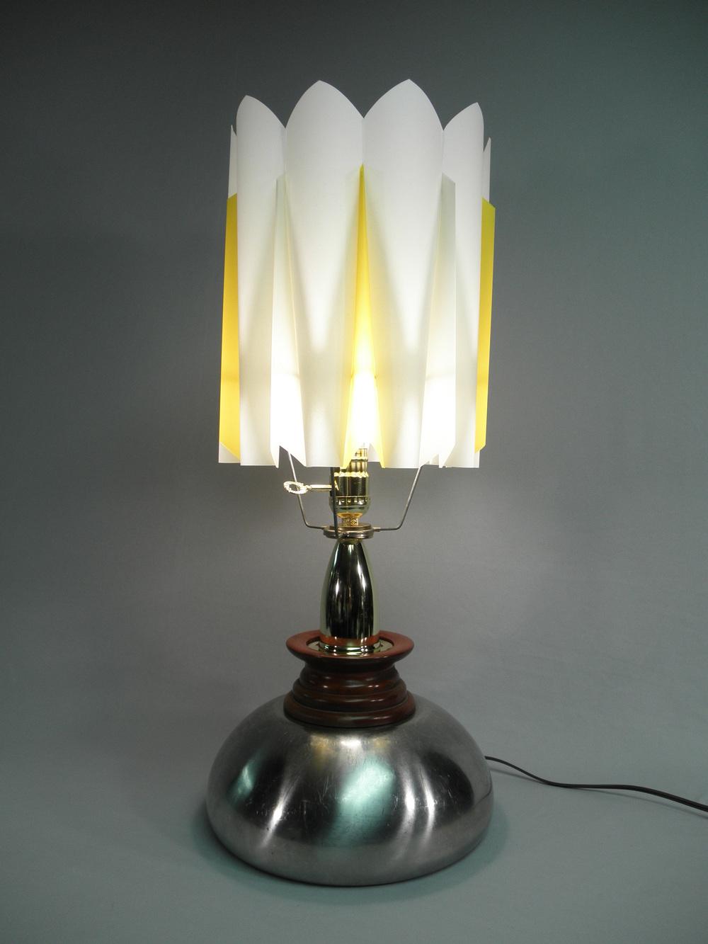 rocket_lamp.JPG
